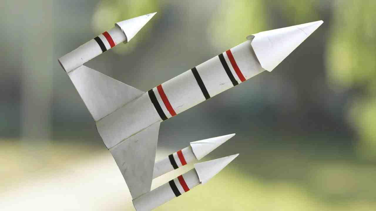 Comment faire une fusée avec un rouleau de sopalin ?
